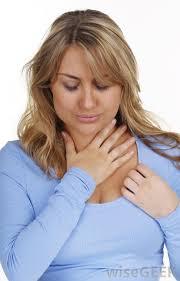 tratamentos naturais para aliviar a dor de garganta