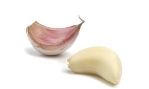 O alho diminui a formação de carcinógenos nas mamas!